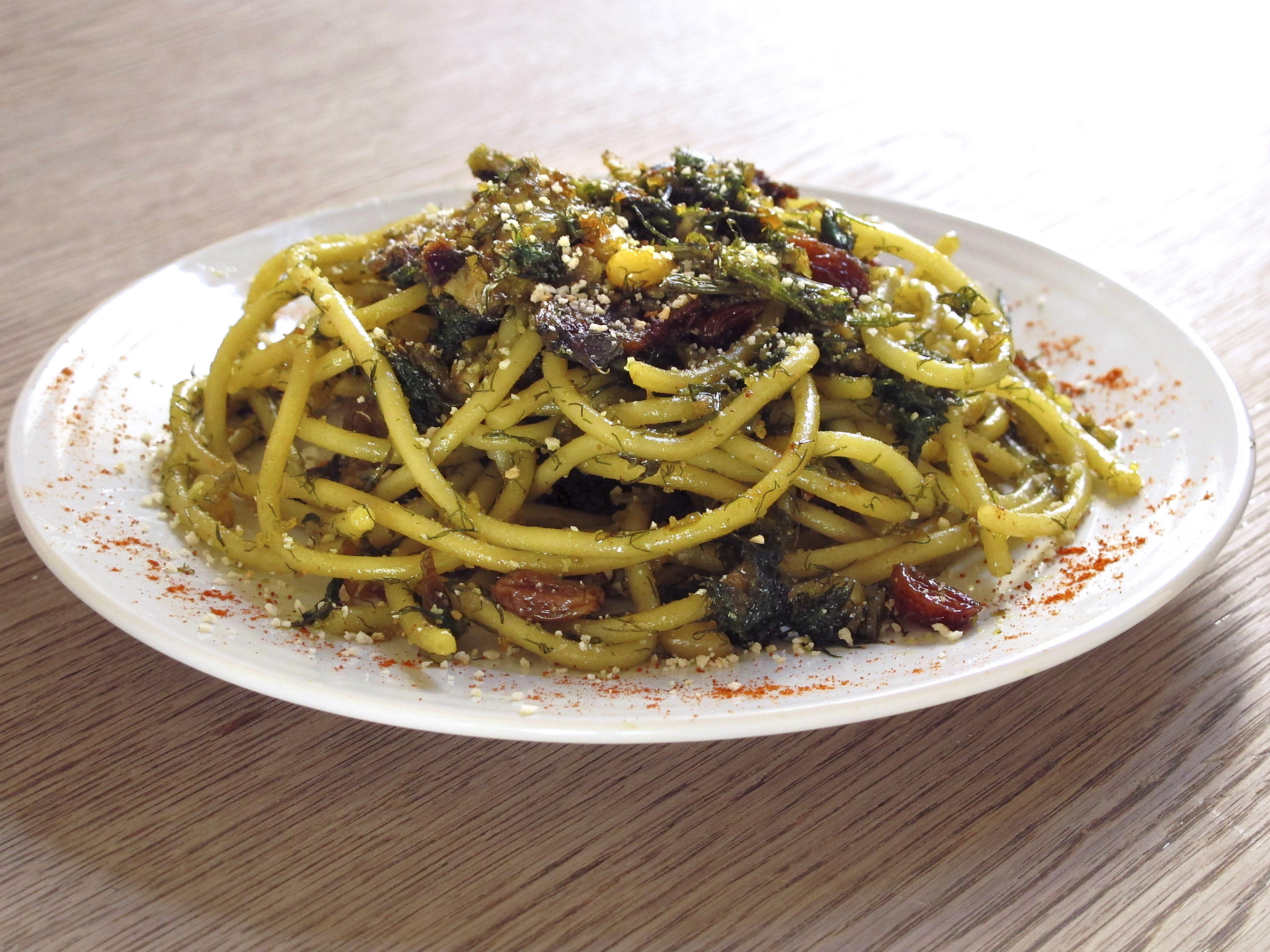 ... sardines pasta con le sarde recipe sbs food pasta con le sarde