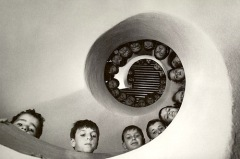 """Martine Franck - """"Bibliothèque pour enfants, Clamart, France.""""1965"""